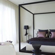 Фотография: Спальня в стиле Эклектика, Минимализм, Декор интерьера, Декор дома, Цвет в интерьере, Ковер, Геометрия в интерьере – фото на InMyRoom.ru