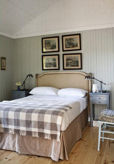 Фотография: Спальня в стиле Прованс и Кантри, Декор интерьера, Декор дома, Прованс, Пол – фото на InMyRoom.ru