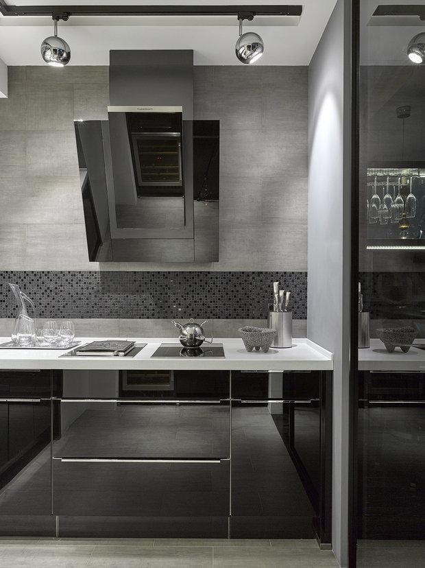 Фотография: Кухня и столовая в стиле Хай-тек, Гид, Nolte, Nolte Küchen – фото на INMYROOM