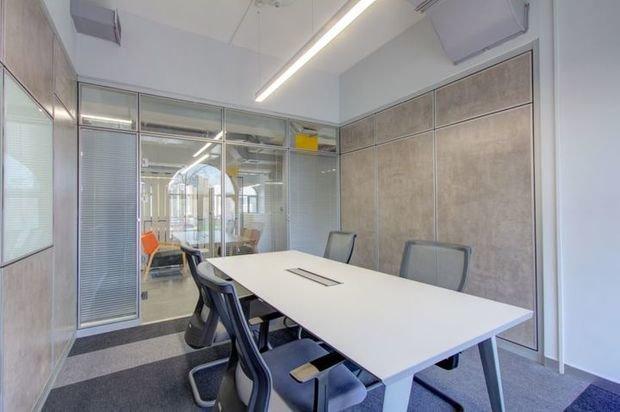Фотография: Офис в стиле Лофт, Современный, Советы, Умный дом, Real Intellect, как обустроить офис – фото на INMYROOM