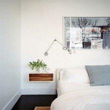 Фотография: Спальня в стиле Скандинавский, Минимализм, Декор интерьера, Мебель и свет, Декор дома – фото на InMyRoom.ru
