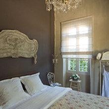Фотография: Спальня в стиле Кантри, Кухня и столовая, Дом, Франция, Дома и квартиры, Прованс, Двери, Беседка – фото на InMyRoom.ru