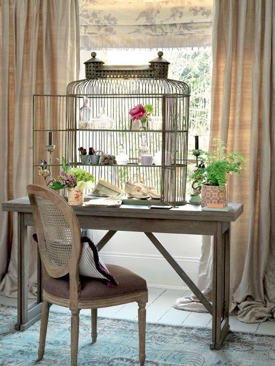 Фотография: Кабинет в стиле Прованс и Кантри, Декор интерьера – фото на InMyRoom.ru