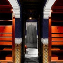 Фотография: Гардеробная в стиле Восточный, Дома и квартиры, Городские места, Бассейн – фото на InMyRoom.ru