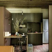 Фото из портфолио Миниатюрная однокомнатная квартира в Париже – фотографии дизайна интерьеров на InMyRoom.ru