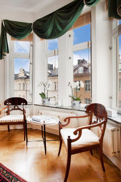 Фотография: Гостиная в стиле Скандинавский, Эклектика, Классический, Малогабаритная квартира, Квартира, Дома и квартиры, Стокгольм – фото на InMyRoom.ru