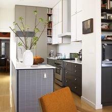 Фотография: Кухня и столовая в стиле Современный, Декор интерьера, Малогабаритная квартира, Квартира, Планировки, Декор – фото на InMyRoom.ru