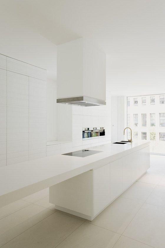 Фотография: Кухня и столовая в стиле Современный, Интерьер комнат, Бытовая техника – фото на InMyRoom.ru