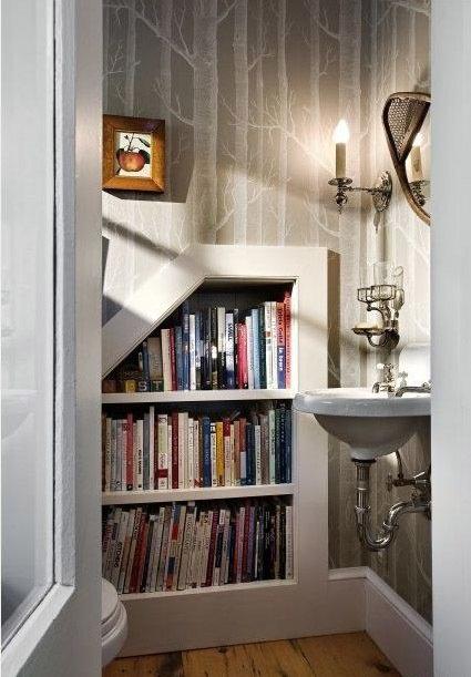 Фотография: Ванная в стиле Классический, Современный, Системы хранения, Библиотека, Домашняя библиотека – фото на InMyRoom.ru