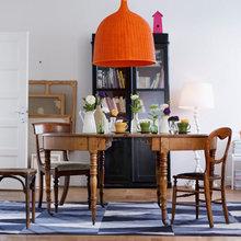 Фотография: Кухня и столовая в стиле Кантри, Скандинавский, Декор интерьера, Швеция, Декор дома, Цвет в интерьере, Белый – фото на InMyRoom.ru