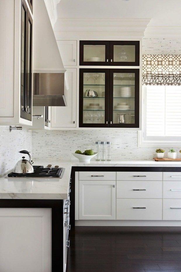 Фотография: Кухня и столовая в стиле Скандинавский, Интерьер комнат, Цвет в интерьере, Белый – фото на InMyRoom.ru