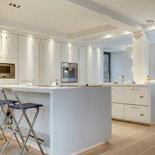 Фотография: Кухня и столовая в стиле Современный, Квартира, Дома и квартиры, Архитектурные объекты – фото на InMyRoom.ru
