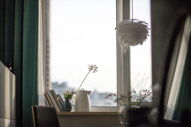 Фотография: Гостиная в стиле Современный, Малогабаритная квартира, Квартира, Проект недели, Санкт-Петербург, Монолитный дом, 2 комнаты, до 40 метров, Светлана Мельникова, Иван Мельников – фото на INMYROOM