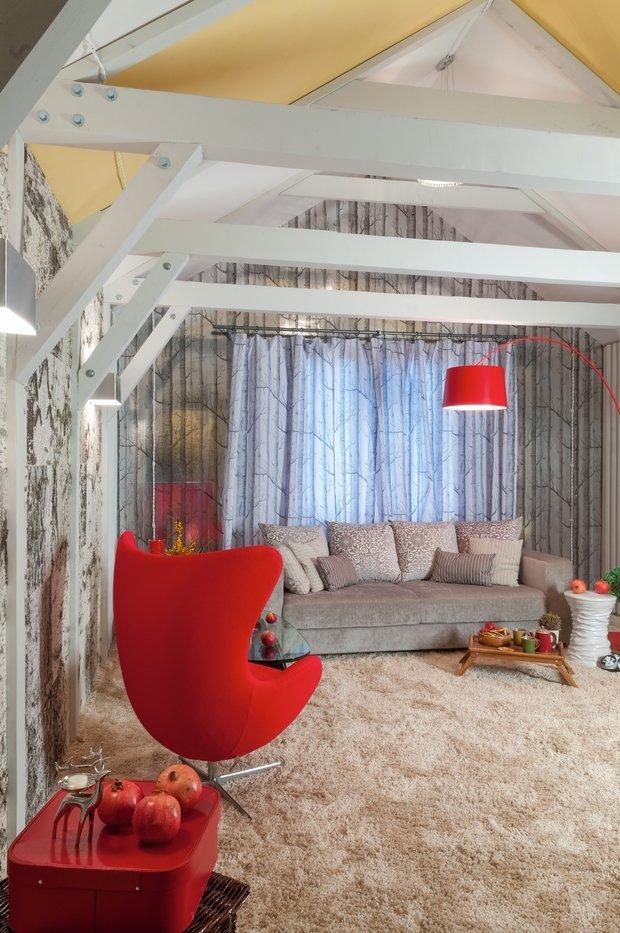 Фотография: Гостиная в стиле Скандинавский, Современный, Интерьер комнат, Мансарда – фото на InMyRoom.ru