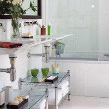 Фотография: Ванная в стиле Современный, Декор интерьера, DIY, Малогабаритная квартира, Квартира, Декор, Советы, хранение в прихожей, лайфхак, хранение в маленькой ванной, идеи хранения для санузла, маленький санузел – фото на InMyRoom.ru