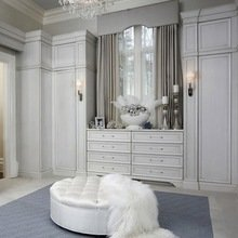 Фотография: Мебель и свет в стиле Классический, Гардеробная, Хранение, Системы хранения – фото на InMyRoom.ru