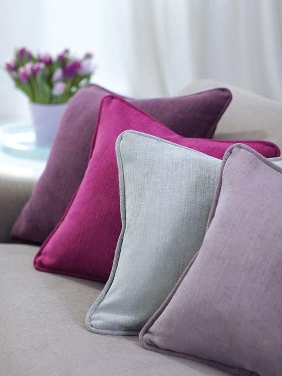 Купить подушку за 2600 рублей