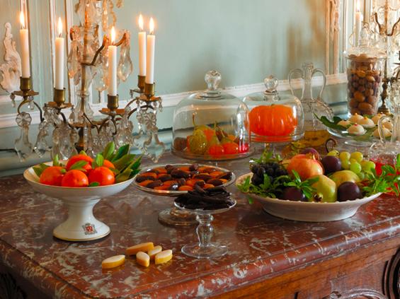Фотография:  в стиле , Классический, Декор интерьера, Дом, Декор дома, Камин, Ширма – фото на InMyRoom.ru