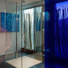 Фотография: Ванная в стиле Современный, Цвет в интерьере, Дома и квартиры, Городские места, Отель, Красный – фото на InMyRoom.ru