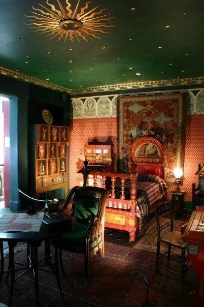 Фотография: Спальня в стиле Восточный, Декор интерьера, Дизайн интерьера, Цвет в интерьере, Потолок – фото на InMyRoom.ru