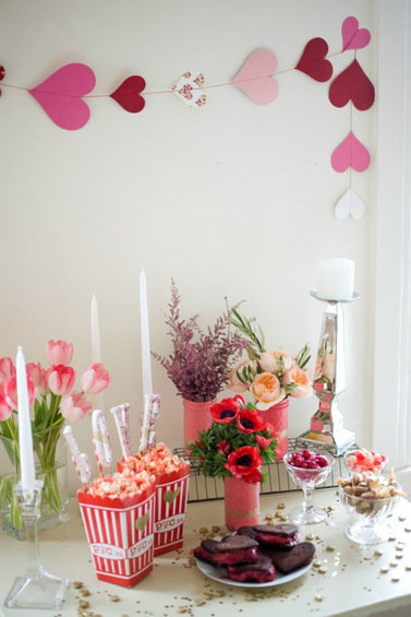 Фотография: Гостиная в стиле Классический, Современный, Декор интерьера, DIY, Праздник, День святого Валентина – фото на InMyRoom.ru