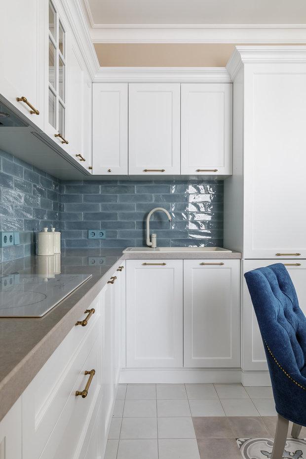 Фотография: Кухня и столовая в стиле Классический, Квартира, Проект недели, Краснодар, 2 комнаты, 60-90 метров, Алиса Свистунова – фото на INMYROOM