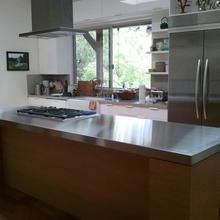 Фотография: Кухня и столовая в стиле Современный, Хай-тек, Интерьер комнат, Тема месяца – фото на InMyRoom.ru