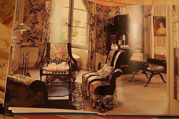 Фотография: Прочее в стиле , Декор интерьера, Франция, Антиквариат, Цвет в интерьере, Индустрия, Люди, История дизайна, Ампир – фото на InMyRoom.ru
