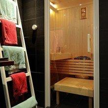 Фотография: Ванная в стиле Современный, Декор интерьера, Декор дома, Советы, Лестница – фото на InMyRoom.ru