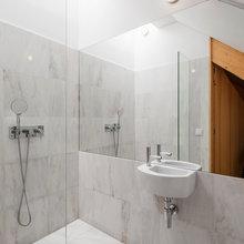 Фотография: Ванная в стиле Современный, Декор интерьера, Дом, Цвет в интерьере, Дома и квартиры, Белый – фото на InMyRoom.ru