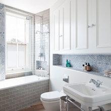 Фотография: Ванная в стиле Скандинавский, Квартира, Цвет в интерьере, Дома и квартиры, Белый, Лондон, Лепнина – фото на InMyRoom.ru