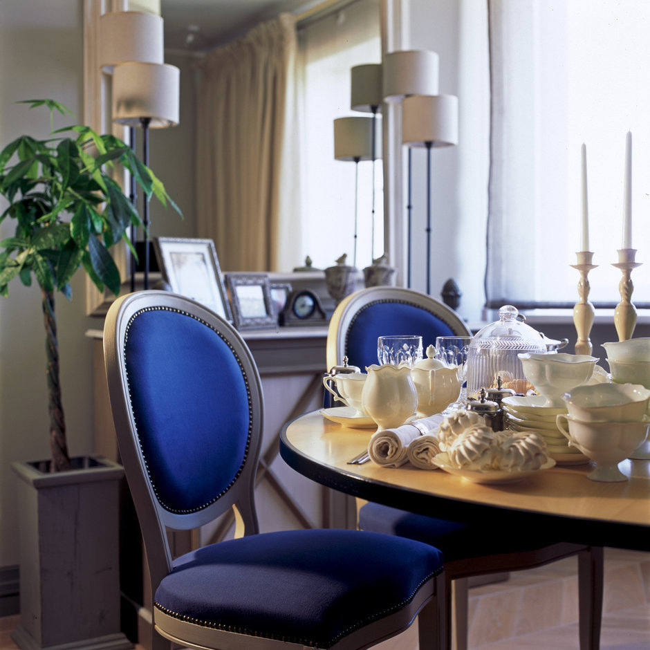 Фотография: Кухня и столовая в стиле Прованс и Кантри, Квартира, Дома и квартиры, Проект недели, Москва, Неоклассика – фото на InMyRoom.ru