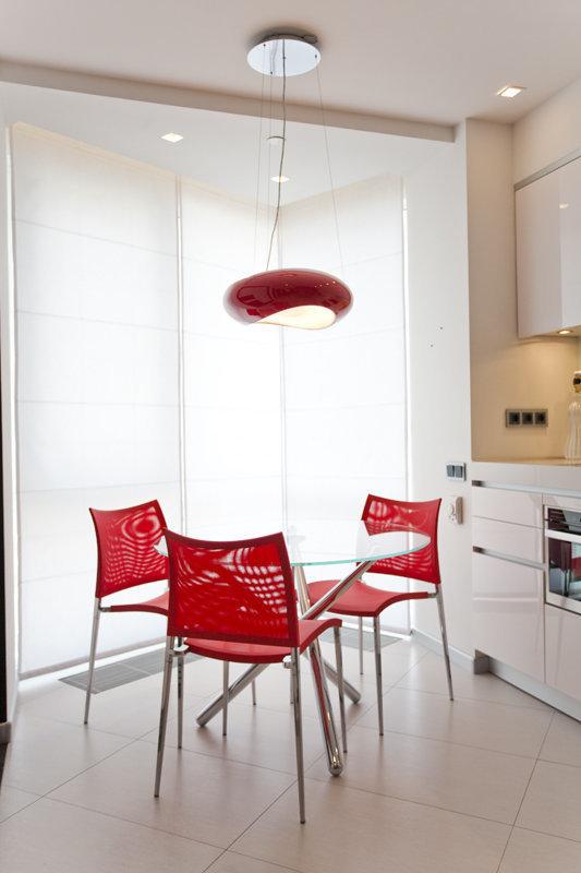 Фотография: Кухня и столовая в стиле Хай-тек, Квартира, Дома и квартиры, Минимализм – фото на InMyRoom.ru