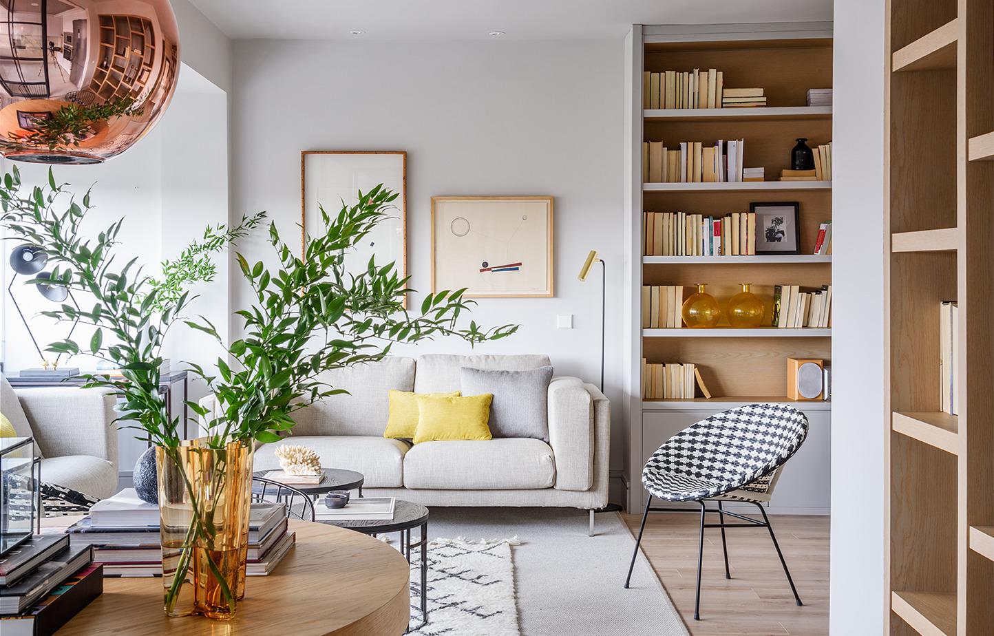 Как оформить гостиную в скандинавском стиле: 20 доступных идей