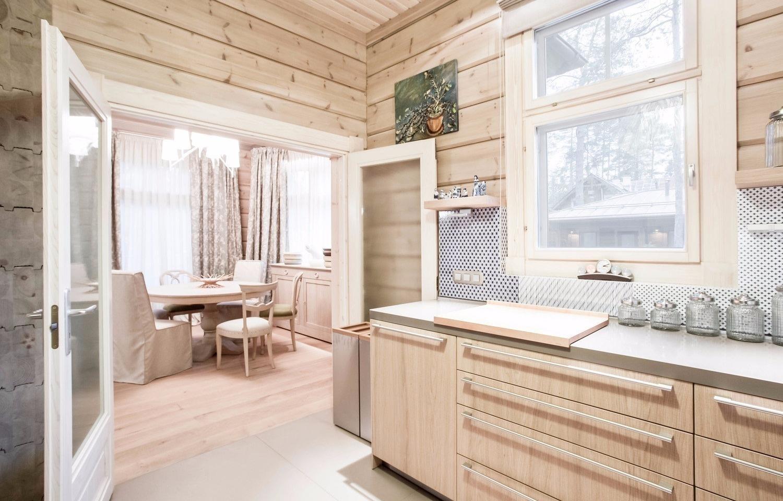 Ландшафтный дизайн бревенчатого дома