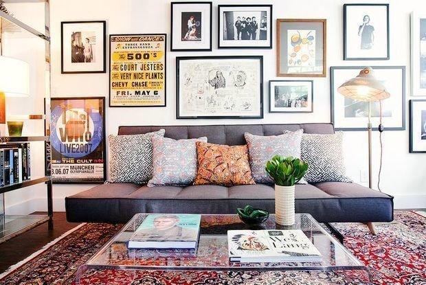 Схемы как повесить фото на стену
